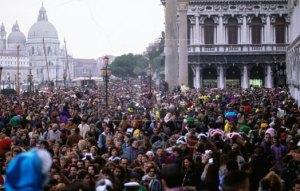 Crowds-Marks-Square-Venice